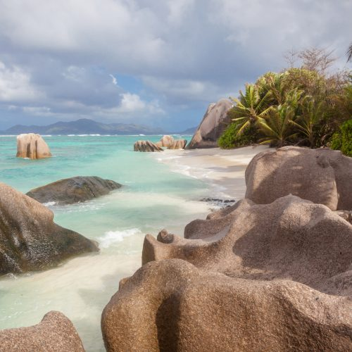PRASLIN, WHITE SANDS AND RELAX FOR ALL THE FAMILY